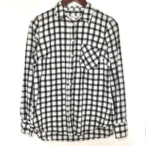{Merona} B&W Gingham Patterned Button Down Blouse